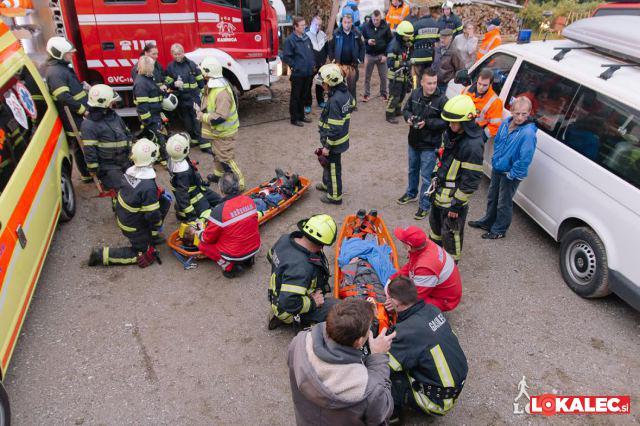 gasilci, resevalci, poskodovanci