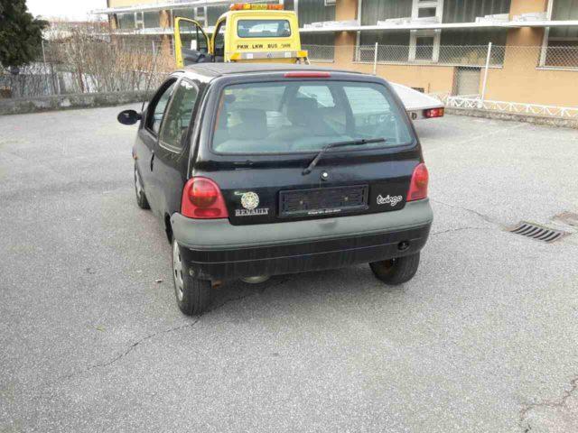 Zaseženi Renault Twingo. Foto: PP Rače