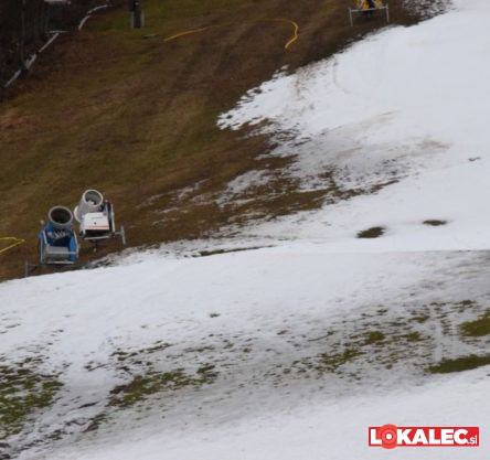 snezi stadion, sneg (1)