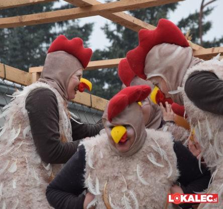 Strmšnikove kure na selniški povorki 2018.