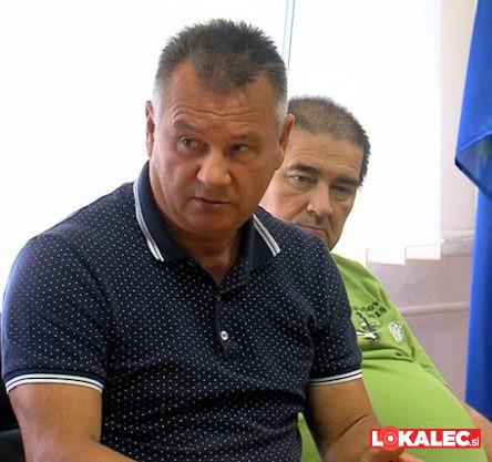 Zvonko Zinrajh, predsednik SDS in podpredsednik sveta MČ Pobrežje, pred leti državni sekretar ministrstva za notranje zadeve.