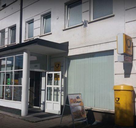 Pošta na Kardeljevi cesti v Mariboru