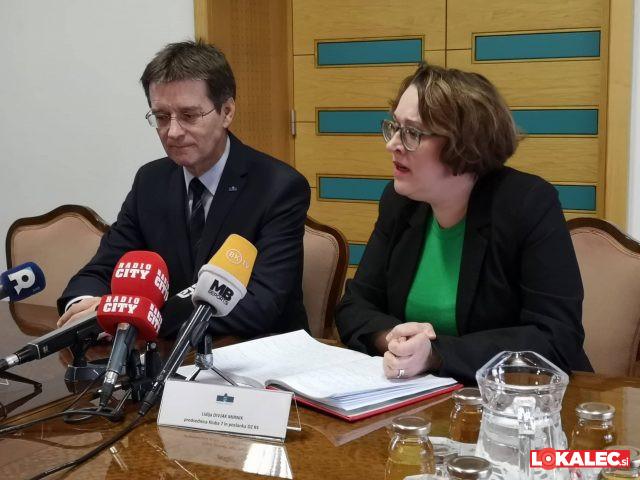 Rektor Zdravko Kačič in poslanka Lidija Divjak Mirnik