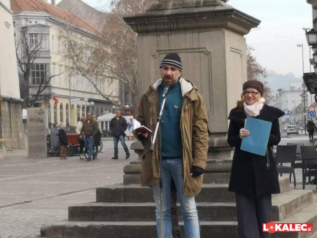 recitali prešerna na Grajskem trgu v MB (1)