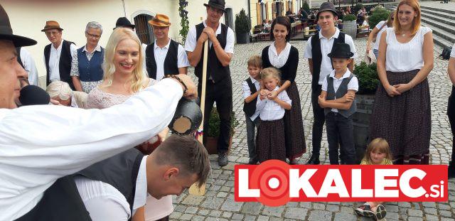 Tokratna botra je bila direktorica Zavoda za turizem Maribor-Pohorje Doris Urbančič Windish.