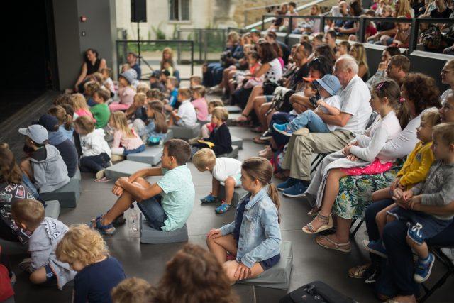 Z otvoritve 30. Poletnega lutkovnega pristana. LGM. Foto: Boštjan Lah